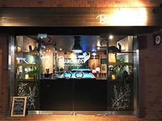 Billiards&Cafe Dining Bar Bunches(ビリヤード&カフェ ダイニングバー バンチーズ)